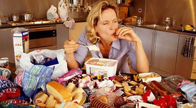 Abur Cubur Yemek Erken Doğum Riskini Artırabilir